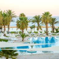 Venus Beach Hotel, отель в Пафосе