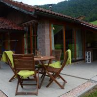 Studio Alpika, hotel in Luče