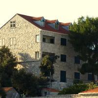 Guesthouse Pomena, hotel in Pomena