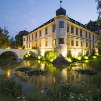 Chateau Třebešice, отель в Кутна-Горе