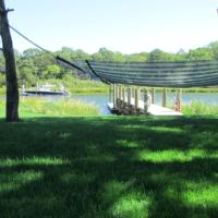 Waterfront Cottage 5, hotel in Riverhead