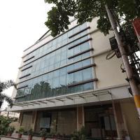Capital O 3831 Jade Inn, hotel near Lal Bahadur Shastri International Airport - VNS, Varanasi