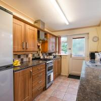 Hindley Serviced Accommodation, hotel in Hindley