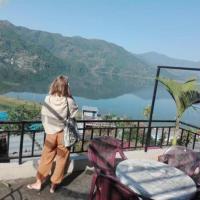 Green Peace Lodge, отель в Покхаре