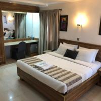 Lekki Waterside Hotel, hotel sa Bamgbose