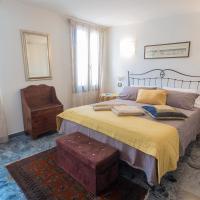 B&B Antico Orologio, hotel in Chioggia