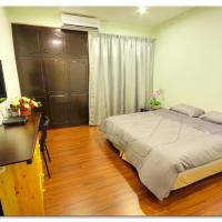 I-Villa By Little Cabin, hotel in George Town