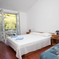 Apartment Pasadur 8337g, hotel in Ubli