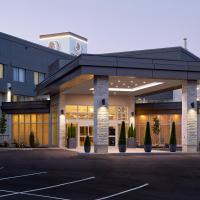 Doubletree By Hilton Montreal Airport, hotel near Montreal-Pierre Elliott Trudeau International Airport - YUL, Dorval