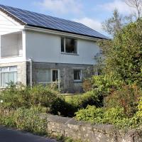 Peaceful Riverside Eco Homes on Bodmin Moor, hotel in Bodmin