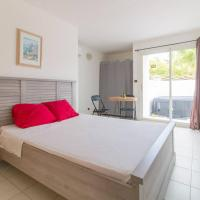 Superbe Studio avec Jacuzzi Privé, hotel in Sainte-Anne