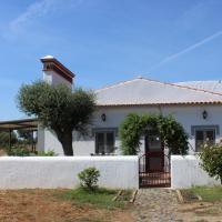 "Herdade dos Alfanges ""THE FARMHOUSE"", hotel in Vila Nova da Baronia"