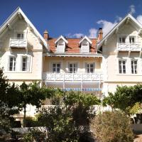 Hôtel Villa La Chêneraie, hotel in Saint-Raphaël