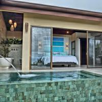 Golden Pineapple Villas-Adults Only, hotel in Uvita