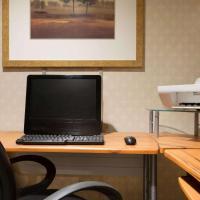 Days Inn by Wyndham Renfrew Conference Centre, hotel em Renfrew