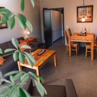 Ferienapartment mit Pool und Sauna, Hotel in Möhnesee
