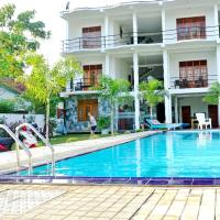 Ocean Bay Surf Resort Weligama, hotel in Weligama