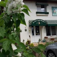 Au Bon Saint Martin, hotel in Chilly-le-Vignoble