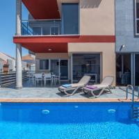 PRIVATE POOL - OCTOBER - Luxury Villa Puerto de la Cruz