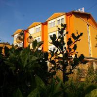 Hotel Le Clos Du Hahnenberg, hotel in Urmatt