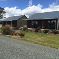 Acheron Cottages, hotel in Manapouri