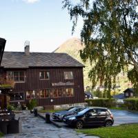 Fossheim Hotel Lom, hotel in Lom