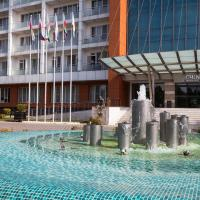 Chinar Hotel & Spa Naftalan, отель в Нафталане