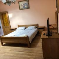 Ніколет, отель в Мукачеве