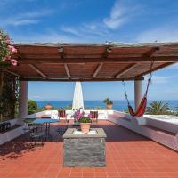 Villa STROMBOLI E STROMBOLICCHIO, hotel in Stromboli