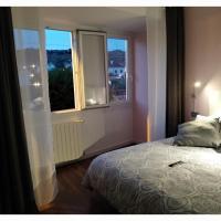 My Room Monzon, hotel sa Monzón