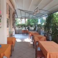 Hotel kim, hotel in Viareggio