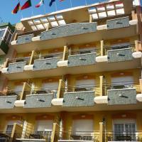 Hotel Tuto, отель в Торревьехе
