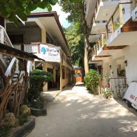Blue Coral Resort Boracay, hotel in Boracay