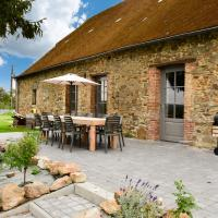 Spacious Holiday Home in La Neuville-aux-Joûtes with Garden