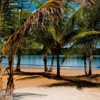 Overbridge River Resort, hotel em Paramaribo