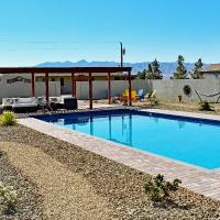 Falcon Cottage, hotel in Pahrump
