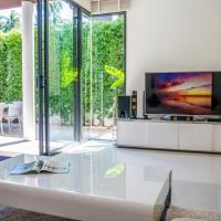3 Bedroom Contemporary Pool Villa Mandina