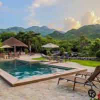 El Pedregal - Hotel en la Naturaleza, hotel en Álamos