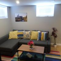 Fantastic and Modern Downtown 1-Bed Basement Apt., parking Wi-Fi and Netflix included