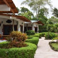 Piedras Blancas Lodge, hotel em Puerto Ayora