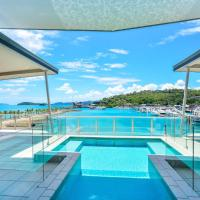 Pavillions Penthouse 25 - 4 Bedroom Luxury Ocean View Hamilton Island, hotel near Hamilton Island Airport - HTI, Hamilton Island