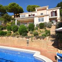 Beautiful Villa with Private Pool near Forest in Catalonia