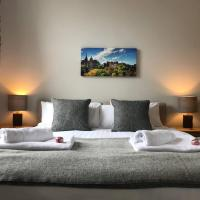 Cosy West End Apartment (sleeps 3)