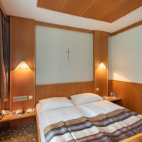 Hotel Gasthof Seeland, отель в городе Санкт-Пёльтен
