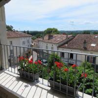 Apartment Bellevue, hotel in Aubeterre-sur-Dronne