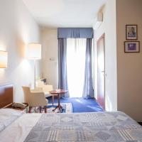 Hotel Elefante Bianco, hotell i Crespellano