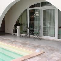Relax House, hotel in Casamassima