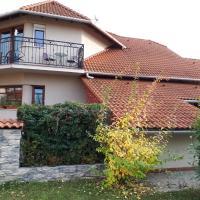 Kertvárosi Apartman, Hotel in Tiszaújváros