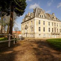Hallines Chateau Sleeps 26 WiFi