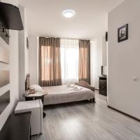 Sunlit, hotel in Ivano-Frankivsk